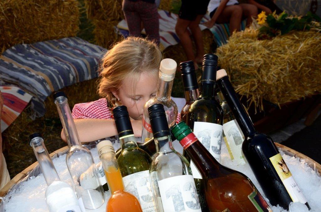 5 Wein und Schnapsbar