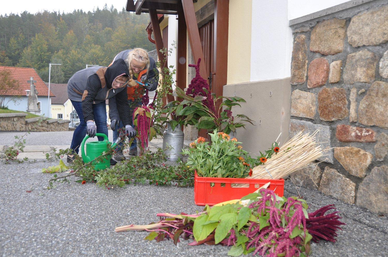 Franz Kitzler: Erntedank mit Pfarrheuriger 06.10.2019