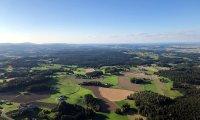 Ballonfahrt Magdalena Faltin 03.09.2021:  Blick zum FFHaus Ober Neustift
