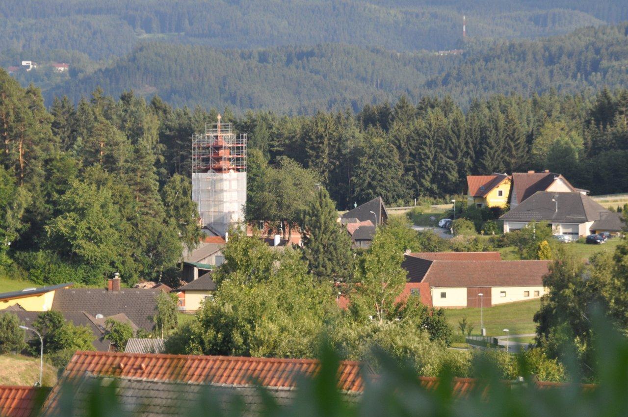 Franz Kitzler: Renovierung Fassade Pfarrkirche Juli 2018