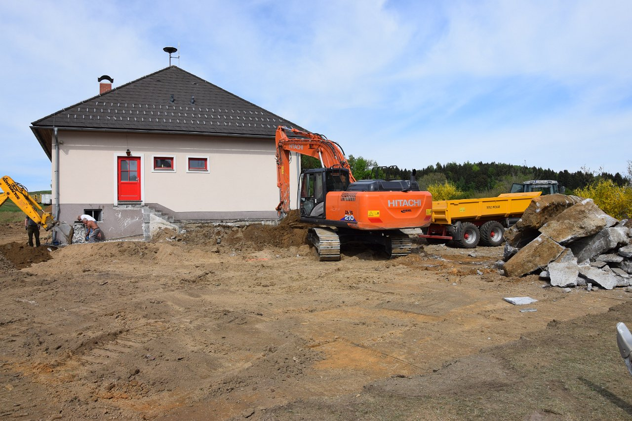 R. Jahn: Spatenstich FF-Haus-Umbau 29.04.2018