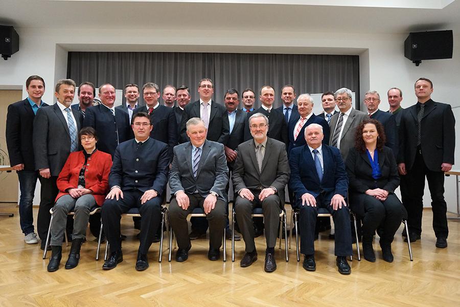 Der neu konstituierte Gemeinderat 2015